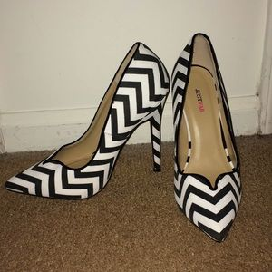Black and White Pattern Heels